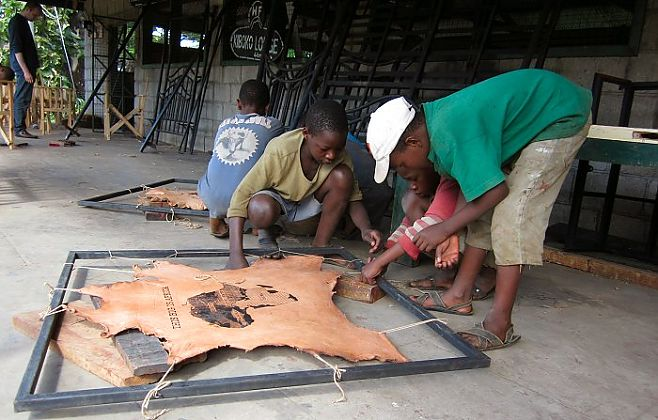 Creating art for Kiboko Lodge